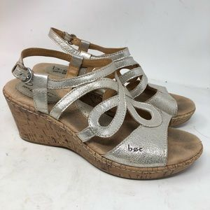 Born Boc Silver Leather Wedge sandals 8